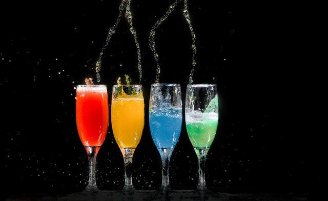 День цветных напитков