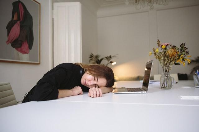 День синдрома хронической усталости (International Chronic Fatigue Syndrome Awareness Day)