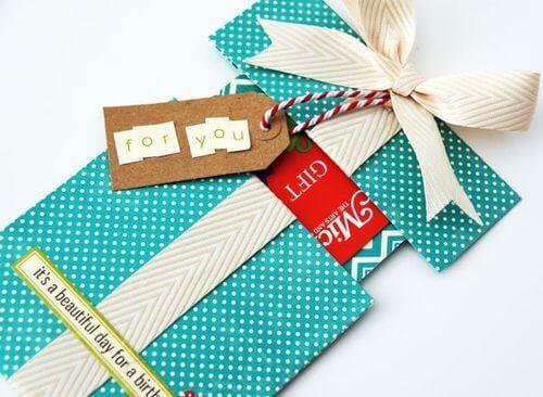 День «Сделай подарок своими руками»
