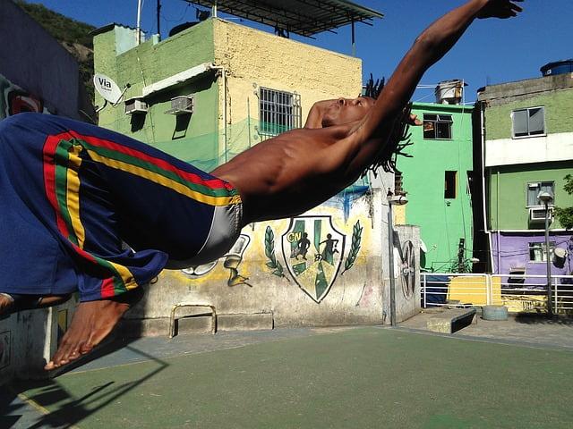 День боевого искусства «Капоэйра» (Capoeira Day) в Бразилии