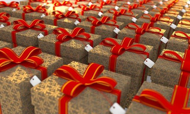 День подарков миру